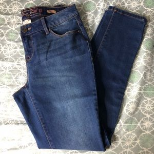 Faded Glory Ultimate Skinny Jeans - Size 6